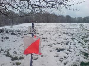 Snowy orienteering control, Bedford Park (6 Apr 2008)